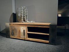 Industrieel tv-meubel Asmund - ROBUUSTE TAFELS! Direct uit voorraad of geheel op maat >>