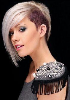 Invertierter Haarschnitt mit rasierten Seiten für dickes Haar