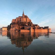 See related links to what you are looking for. Mont Saint Michel, Tower Bridge, Saints, Scenery, Mansions, House Styles, Water, Travel, Outdoor