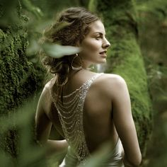 http://www.weddinggownsavenue.com/gallery/ethereal-romantic-fairy-tale-wedding-dresses/fairy_tale_wedding_dresses_4.jpg