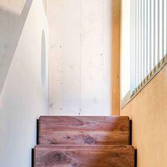 Prati Palai - Bardolino (VR) - 2011-2014  www.studioathesis.it/prati-palai  #architecture #desing #art #veneto #StudioAthesis #verona #pratipalai #lakegarda #new #stairs #wood #ruleofthirds