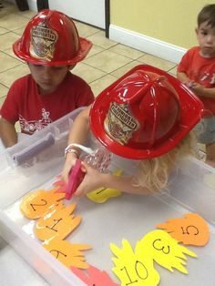 Great activity for a firefighter theme week at preschool! Sensory Table Idea - use with community helpers or fire safety week Preschool Themes, Preschool Lessons, Math Activities, Preschool Activities, Preschool Fire Safety, Transportation Activities, Kids Safety, Preschool Classroom, Fun Math