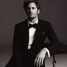Alexander again, black tie.