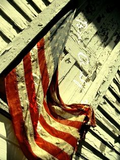 @Bing Osterman Love this as a Senior pic photo op ... Weathered AMERICAN flag!