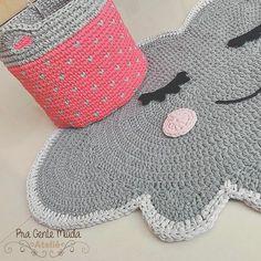 Crochet Mat, Crochet Home, Love Crochet, Crochet For Kids, Crochet Stitches, Knitting Designs, Knitting Patterns, Crochet Patterns, Knit Rug
