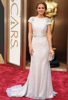 Maria Menounos in Johanna Johnson at the 2014 Academy Awards | Getty Images | blog.theknot.com