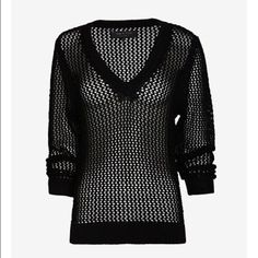 "⬇️NWT rag & bone Connie V-Neck Sweater Size XS NEW WITH TAGS -- a slouchy rag & bone sweater styled in airy open-knit. Ribbed Edges and V neckline. Long sleeves, sheer. 100% cotton. ** PLEASE NOTE** this sweater is sized XXS for a slouchy look but I think it more realistically fits an XS. Can work for either! 24"" long, 15"" across the bust-- both measurements when sweater is lying flat and this has never even been tried on so the fibers are very tight and will extend some when worn because it…"
