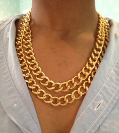 love a good gold link necklace