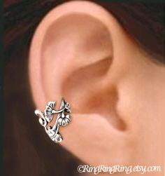 Etsy の Art Nouveau Small ear cuff Sterling Silver by RingRingRing
