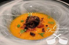 Un plat de saison : Velouté de potiron à la truffe noire http://www.cote.azur.fr/recette_veloute-de-potiron-a-la-truffe-noire_417.htm Truffes fraîches ou en verrine sur http://shop.maisonbaumont.fr/fr/
