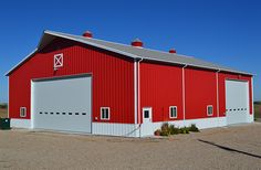 I want this Lester Building! Pole Barn Garage, Pole Barns, Carport Garage, Pole Buildings, Shop Buildings, Metal Shop Building, Building A House, Machine Shed Ideas, Pole Barn Designs