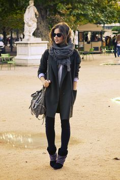Christine / Fash n Chips http://www.fash-n-chips.com/2012/10/pfw-outfit-3.html