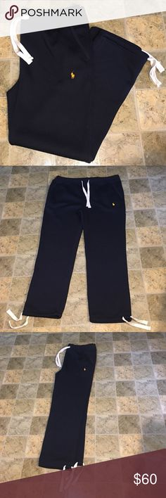 POLO RALPH LAUREN SWEATPANTS DESIGNER---POLO RALPH LAUREN.                                             STYLE---FLEECE SWEATPANTS WITH DRAWSTRING WAIST AND ANKLES.                                                                   COLOR--DARK BLUE--- PREOWNED GREAT CONDITION                                                            SMOKE FREE HOME POLO RALPH LAUREN Pants Sweatpants & Joggers