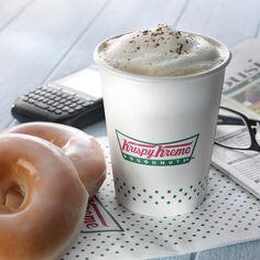 Antes de que te pongas a trabajar y sacar pendientes, consiéntete con un desayuno de campeones con Krispy Kreme Mexico. <3