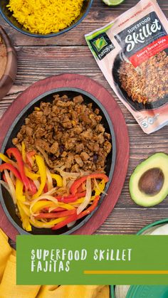 The kitchen is heating up with these delicious vegan Mexican Superfood Skillet Fajitas 🔥 Tofu Recipes, Mexican Food Recipes, Low Carb Recipes, Cooking Recipes, Ethnic Recipes, Appetizer Recipes, Dinner Recipes, Easy Chicken Fajitas