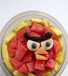 New fruit salad presentation birthday parties Ideas Watermelon Fruit Salad, Best Fruit Salad, Fruit Diet, New Fruit, Fruit Snacks, Fruit Salads, Tart Recipes, Fruit Recipes, Fruit Kabobs Kids
