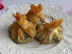 Saquitos o taleguillas de pasta filo con morcilla de arroz y manzana