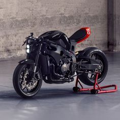 This incredible cafe fighter kit makes a regular Honda CBR1000RR look like a prop from Tron. And it costs just $3,000. Any takers?