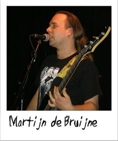 """Luna artist """"Marijn de Bruijne"""" with an Andromeda bass guitar. You can only tell that it is one because of the unique headstock!"""