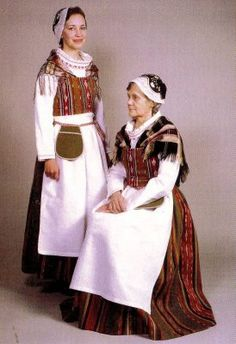 Women from Finland Art Costume, Folk Costume, Traditional Fashion, Traditional Dresses, Helsinki, Authentic Costumes, Folk Clothing, People Of The World, World Cultures