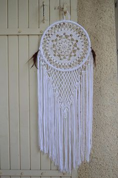 Attrape rêves ou capteur de rêves crochet blanc