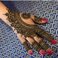 New Eid Special Mehndi Designs _ Easy and Beautiful Mehndi Design Basic Mehndi Designs, Back Hand Mehndi Designs, Latest Bridal Mehndi Designs, Indian Mehndi Designs, Henna Art Designs, Mehndi Designs For Beginners, Mehndi Designs For Girls, Latest Mehndi Designs, Mehandi Designs