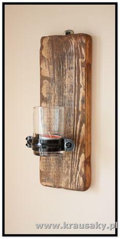 Świecznik wiszący na ścianę z starych desek Produkt dla ludzi, którzy znudzili się Chińską jakością i wszechobecną obecnością papieru i tworzywa. Dla ludzi , meble i dekoracje z drewna, z desek, shabby, vintage, rustykalne, loft, industrial, rustic