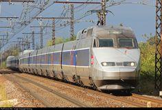 RailPictures.Net Photo: TGV305 SNCF TGV Atlantique at Villeperdue, France by Suhang