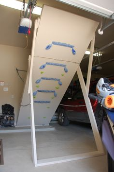 Folding Climbing Wall 10