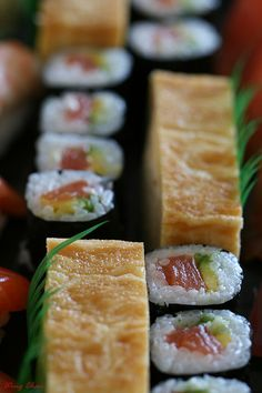 mixed platter with egg sushi