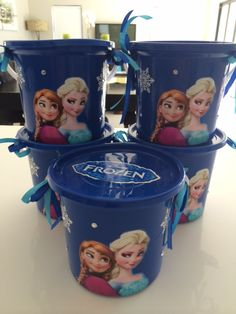 Frozen party buckets - to order email jackie@babazoo.co.za