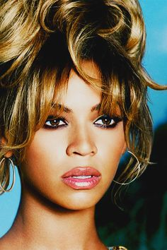 Beyonce.  Spitting image of a young Whitney Houston