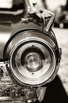 1962 Ford Thunderbird - by Gordon Dean II