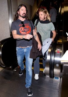 #DaveGrohl #TaylorHawkins at LAX airport Feb. 24, 2014 (Photo by Gvk)