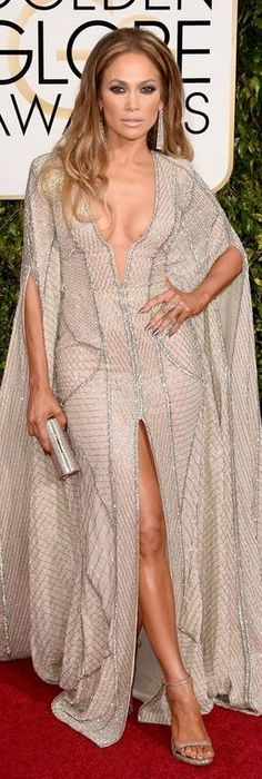 Who made Jennifer Lopez's silver clutch handbag, ankle strap sandals, and plunge gown that she wore to the 2015 Golden Globes?
