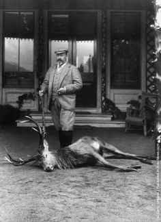Prince Edward, the future King Edward VII standing over the body of a magnificent stag. (Photo by W D Downey/Getty Images). Victoria's Children, Queen Victoria Children, Alexandra Of Denmark, Royal Uk, Hunting Pictures, King Edward Vii, Picture Albums, British Monarchy, Prince Edward