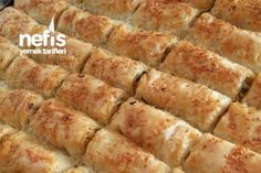 Baklavalık Yufkadan Ispanaklı Peynirli Sodalı Börek Tarifi nasıl yapılır? 4.251 kişinin defterindeki bu tarifin resimli anlatımı ve deneyenlerin fotoğrafları burada. Yazar: Sezince lezzetler... Mashed Potatoes, Bacon, Food And Drink, Salsa, Breakfast, Ethnic Recipes, Kitchen, Recipes, Whipped Potatoes