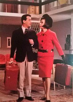 Μια τρελλή τρελλή οικογένεια - Αλέκος Αλεξανδράκης, Τζένη Καρέζη Famous Portraits, Actor Studio, 1960s Fashion, Old Movies, Classic Movies, Tv, Greece, Cinema, Actors