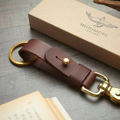 Leather Art, Leather Gifts, Leather Design, Leather Tooling, Leather Jewelry, Brown Leather, Leather Key Holder, Leather Keyring, Leather Wallet