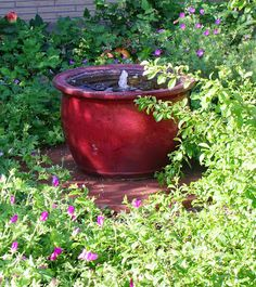 the art garden: Fountain Pots (easy and temporary/movable)