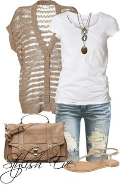 Cute summer look, especially love the jeans. This is perfect for on the go!