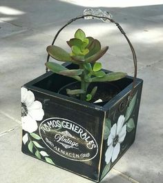 Mosaic Projects, Projects To Try, Tin Can Crafts, Do It Yourself Crafts, Dot Painting, Cactus, Wood Pallets, Flower Pots, Decorative Boxes