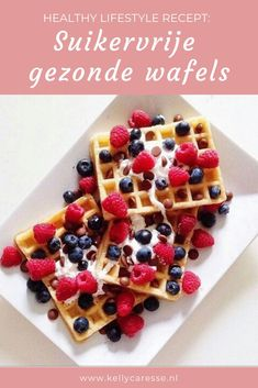 Healthy lifestyle : Recept voor gezonde wafels suikervrij Healthy lifestyle: Recipe for healthy waffles sugar-free from spelled flour, almond milk, cinnamon and delicious fruit. Healthy and delicious! Healthy Waffles, Healthy Sweets, Healthy Snacks, Stay Healthy, Tumblr Food, Good Food, Yummy Food, Grilling Gifts, Food Goals