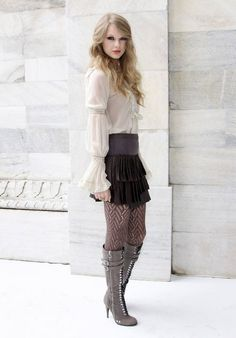 Taylor swift style; I love her hair, makeup and boots!!