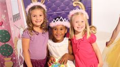 VIDEO-- How to Decorate for a Pretty Princess Birthday Party - Shindigz