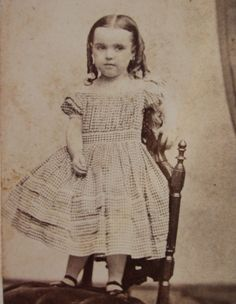 Civil War Era CDV Photo of Cute Little Girl in A Lovely Gingham Check Hoop Dress | eBay Old Pictures, Old Photos, Folk Festival, 19th Century Fashion, Civil War Photos, Gingham Check, Cute Little Girls, Antique Photos, Vintage Children