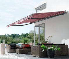 Vielseitig: Stilvolle Lounge-Möbel aus Rattan sind nicht nur robust und pflegeleicht, sondern auch besonders bequem – und laden zum entspannten Abschalten mit Familie und Freunden ein.