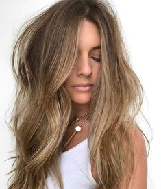 Chelsea von ️ Balayaged mit Tonaufheller Getönt mit Schatten eq… Chelsea by ️ Balayaged with Tinting Tinted with Shadow eq …. GoodBabyGuide Related posts: Warm tinted brown hair with caramel balayage Hoch Shadow Bald Verblassen mit Edge Up Brown Blonde Hair, Light Brown Hair, Carmel Brown Hair, Medium Blonde, Light Hair, Balayage Hair, Ombre Hair, Hair Highlights, Caramel Highlights