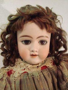 36: HEINRICH HANDWERCK German Bisque Doll: : Lot 36