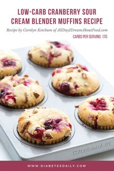 Low Carb Cranberry Muffins Easy low carb muffins whipped up in your blender! Keto LCHFEasy low carb muffins whipped up in your blender! Low Carb Dinner Recipes, Keto Recipes, Dessert Recipes, Snacks Recipes, Ark Recipes, Juicer Recipes, Dishes Recipes, Tofu Recipes, Cheesecake Recipes